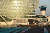 (L to R): Lewis Hamilton (GBR) Mercedes AMG F1 W05 and Fernando Alonso (ESP) Ferrari F14 T.