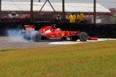 Kimi Raikkonen (FIN) Ferrari F14 T locks up.