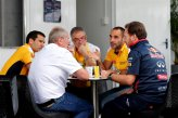 Christian Horner (GBR) Red Bull Racing Team Principal and Dr Helmut Marko (AUT) Red Bull Motorsport Consultant talks with Cyril Abiteboul (FRA) Renault Sport.