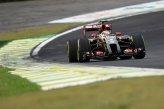 Pastor Maldonado (VEN) Lotus E22.