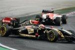 Pastor Maldonado (VEN) Lotus E22 spins.