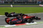 (L to R): Jean-Eric Vergne (FRA) Scuderia Toro Rosso STR9; Esteban Gutierrez (MEX) Sauber C33 and Kimi Raikkonen (FIN) Ferrari F14 T at the start of the race.