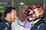 (L to R): Christian Horner (GBR) Red Bull Racing Team Principal, Dr Helmut Marko (AUT) Red Bull Motorsport Consultant and Sebastian Vettel (GER) Red Bull Racing.