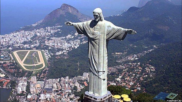 gran-pri-brazilii-pereezgaet?