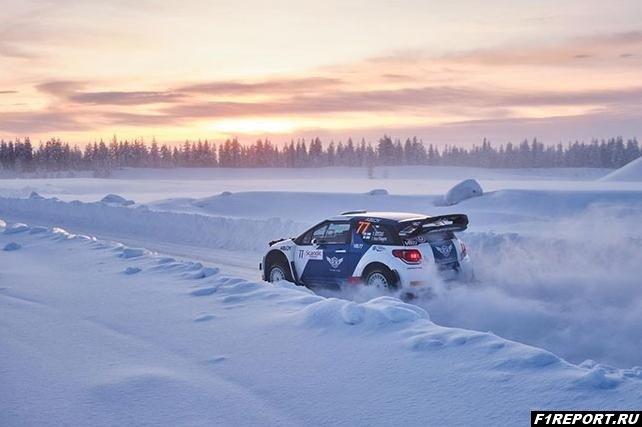 vo-vremya-arctic-lapland-rally-bottas-vrezalsya-v-derevo